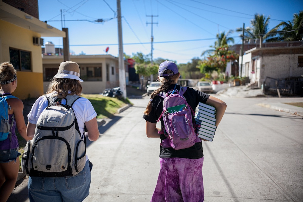 Carnaval Outreach Kicks Off Giving 3,600 Bibles In Two Days